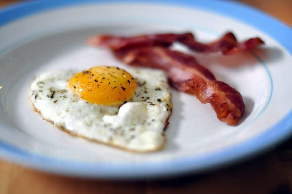 eggs and bacon keto low carb breakfast fast food options whataburger