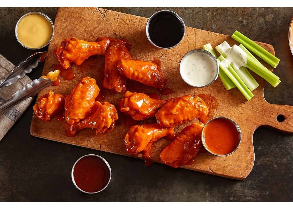 what-to-eat-zaxbys-keto-diet-low-carb-bone-in-buffalo-wings