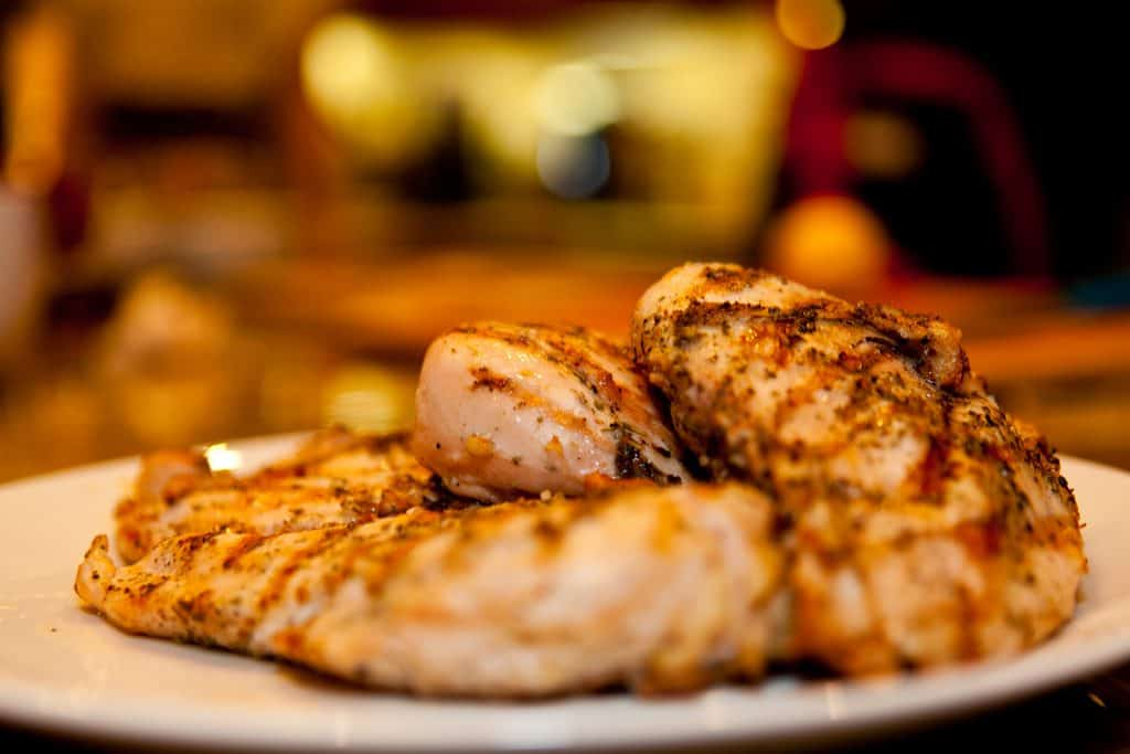 what to eat for low carb keto eaters fuddruckers grilled chicken